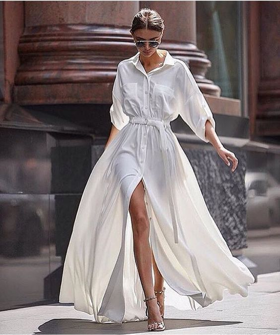 Beautiful Woman Walking on the street | The Sublime Woman