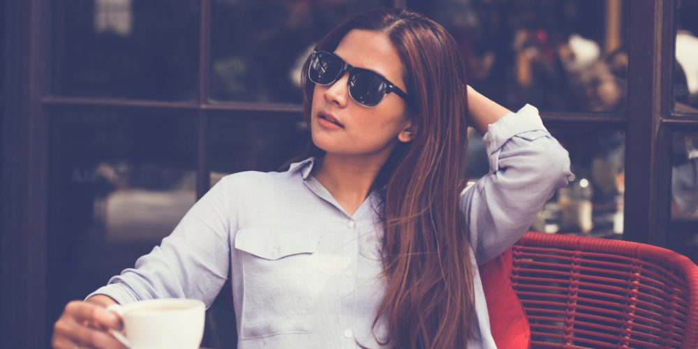 Classy chic woman how to look chic without money | The Sublime Woman