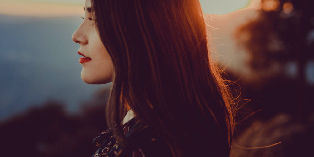 10 Rules of a True Lady beautiful young woman red lips   The Sublime Woman